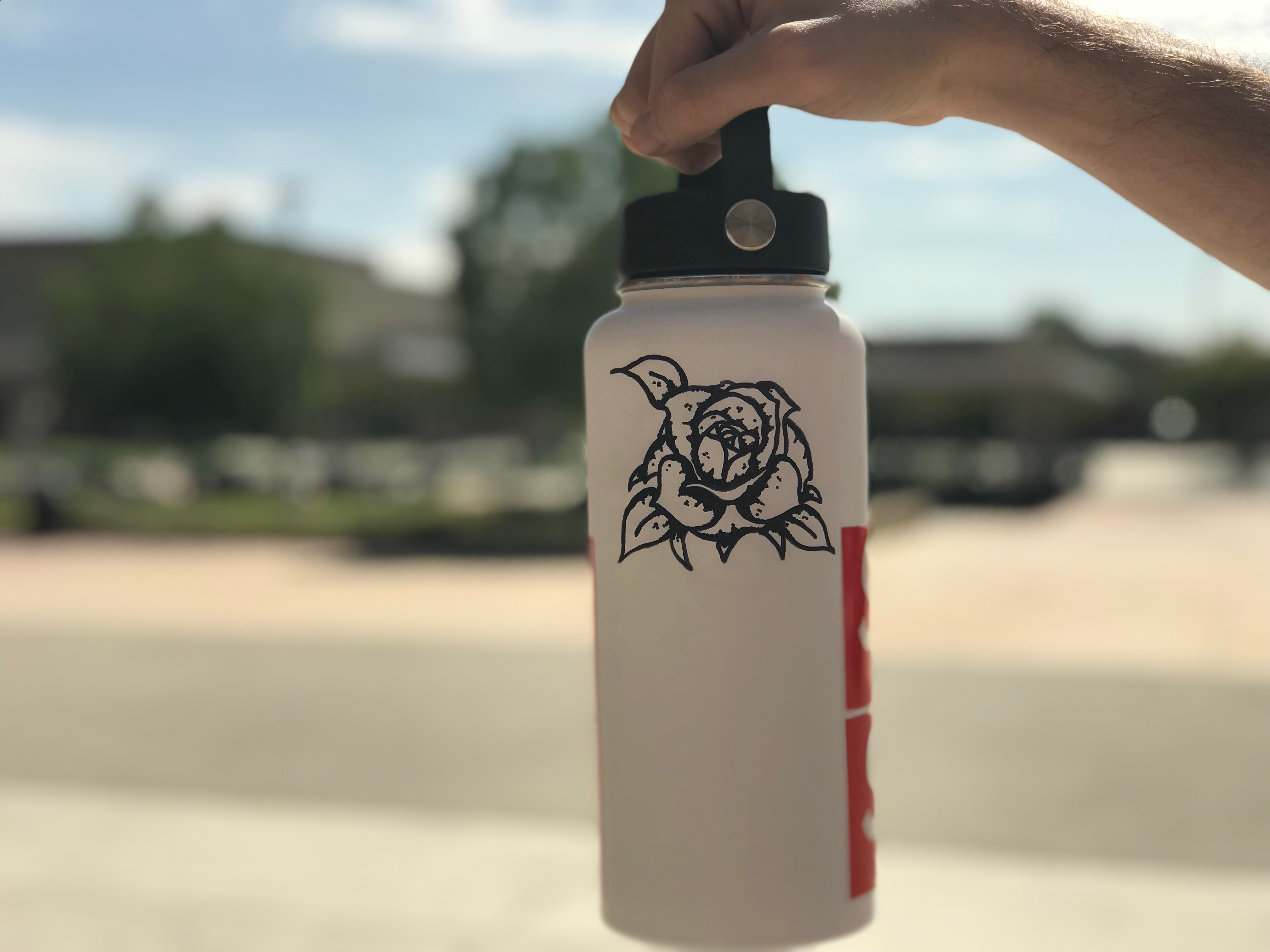 Hydro Flask Fever: CV students carry their water in style – E T H I C